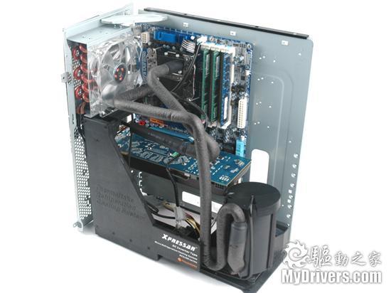 冰凌箱PK机箱 Tt Xpressar RCS100机箱评测