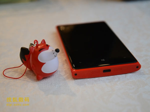 Lumia 920行货评测:硬件出色系统易用性很差