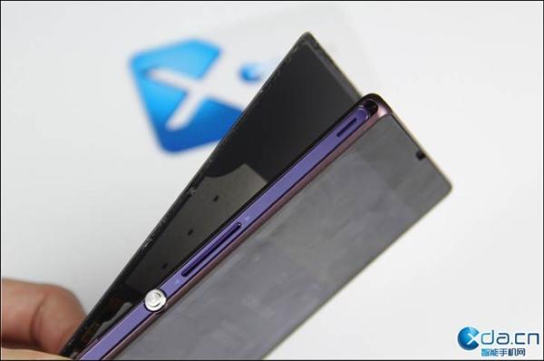 做工真不错 索尼Xperia Z拆解评测