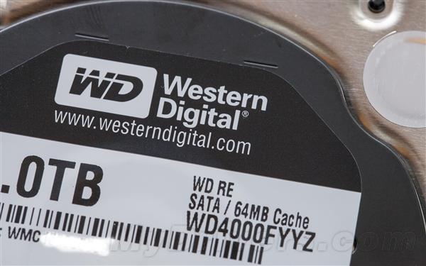 希捷、西数、日立4TB硬盘大乱斗