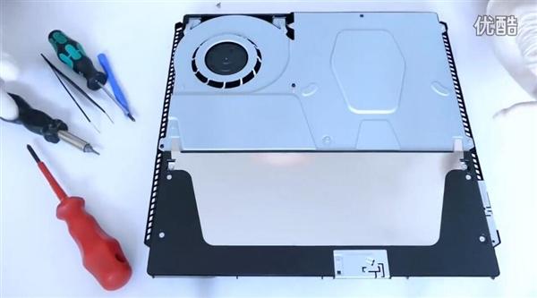 PS4 Slim拆解首发:主板竟然这么小!