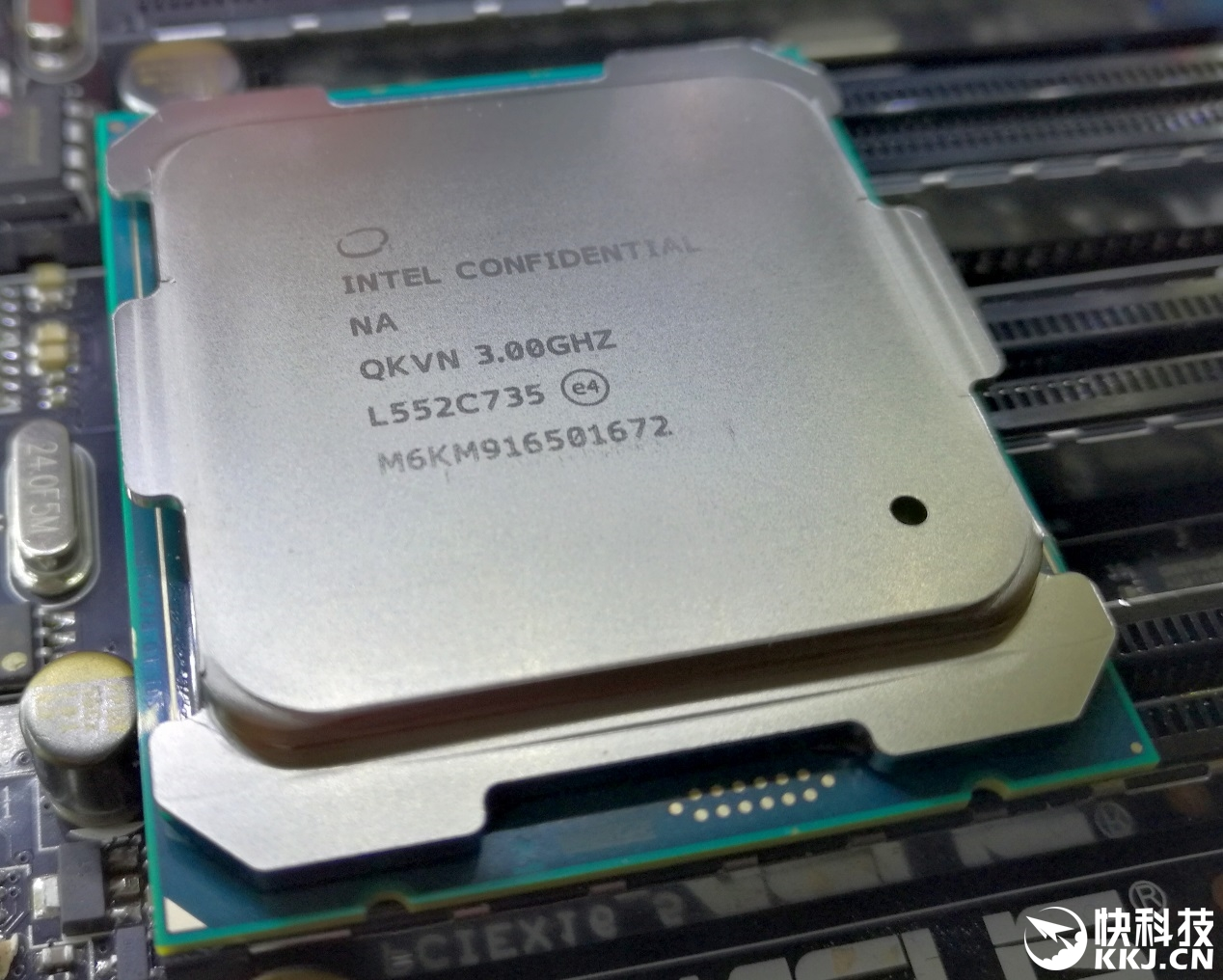 8�]x�o6�n �_首款桌面十核i7-6950x详尽测试