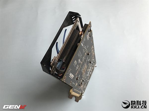 AMD RX 570显卡实卡首曝:完整规格泄露