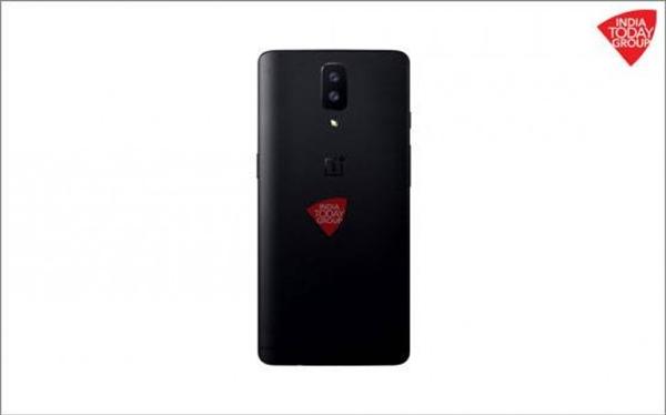 骁龙835+8G!一加手机5首曝外形:双摄、隐藏式天线