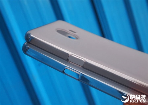 三星中国特供Galaxy C10保护套曝光:首发双摄