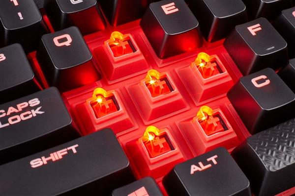 樱桃MX红轴!海盗船发布IP32级防水K68机械键盘!