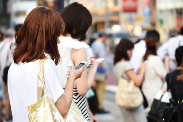 中国智能机/移动支付普及度震惊老外 日本记者忧心
