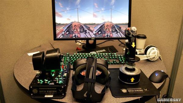 用VR打飞机 究竟是上天堂还是下地狱?
