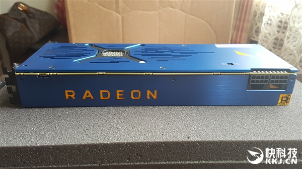 AMD Vega Frontier旗舰卡首发跑分:1万元换来这结果