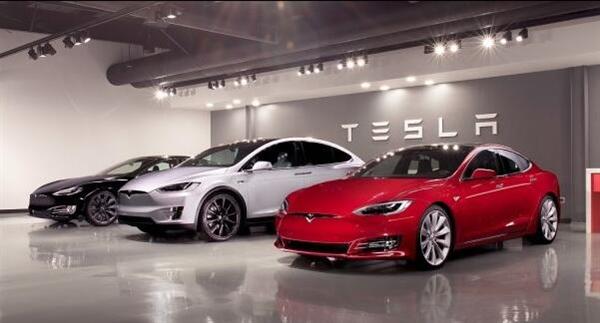 特斯拉新Model S彻底开挂!百公里加速又快1.2秒
