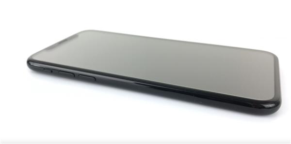 2018年新iPhone首曝!第一次有了清晰面貌