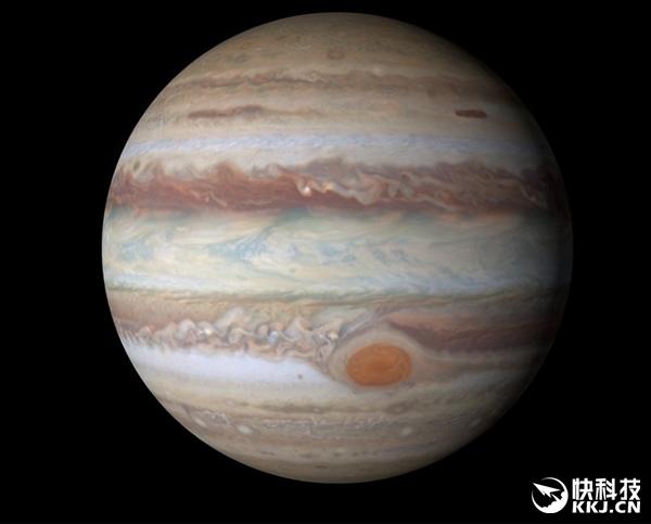 """350年来最清晰!NASA发布木星""""愤怒之眼""""最新照片"""