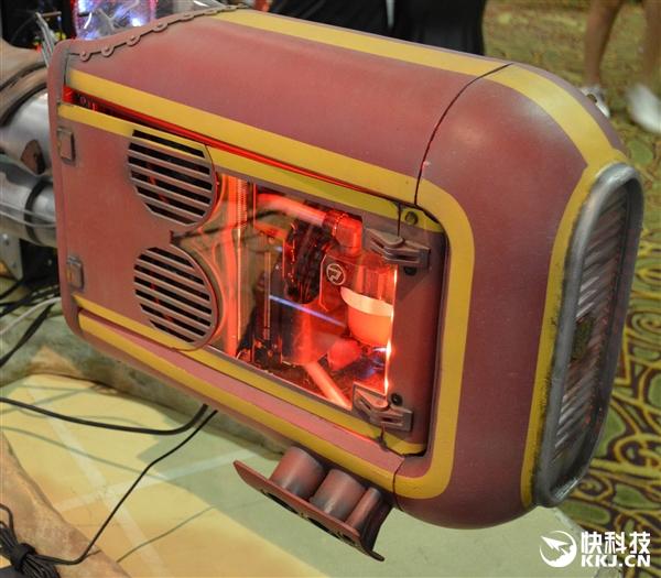 AMD新旗舰显卡RX Vega装机实测:游戏比GTX 1080稳