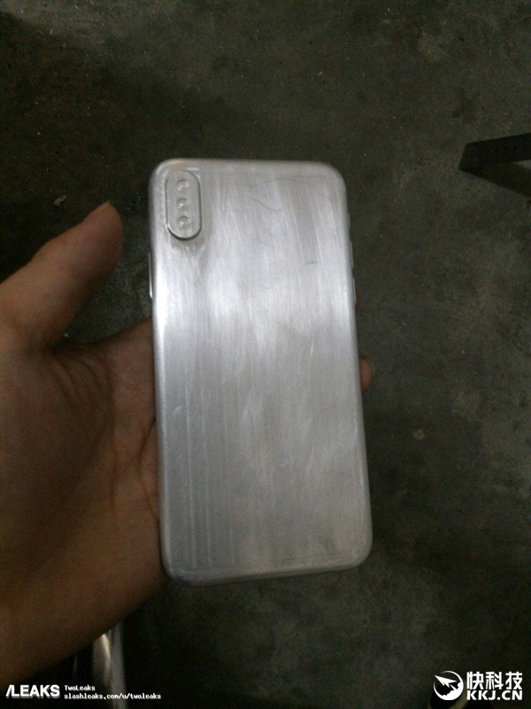 iPhone 4回归!配件商公布iPhone 8定妆样机:正面全是屏