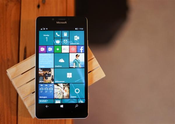 微软公开向全世界保证:手机业务已经放弃!