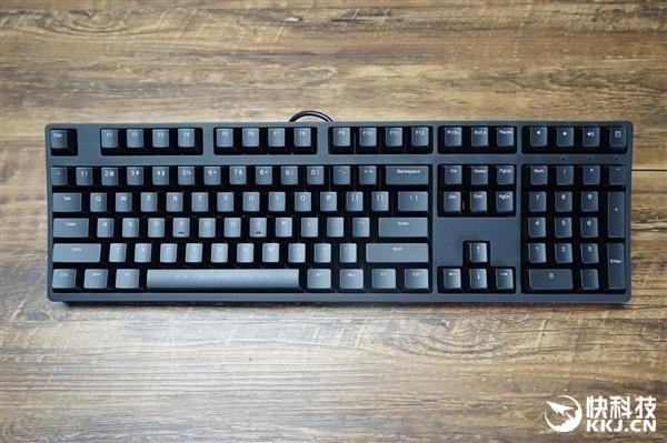 魔力鸭m2机械键盘开箱图赏:樱桃原厂红轴图片