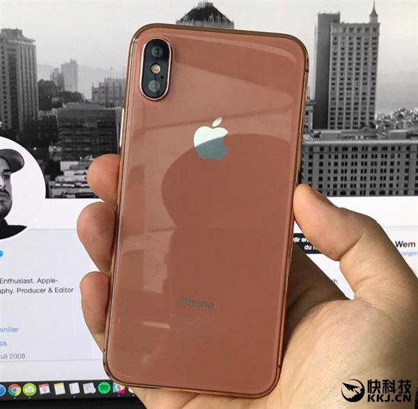 买买!iPhone 7S、8模型对比上手:新配色简单暴力