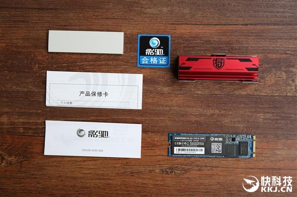669元!影驰铁甲战将240-M.2 SSD开箱:超强散热