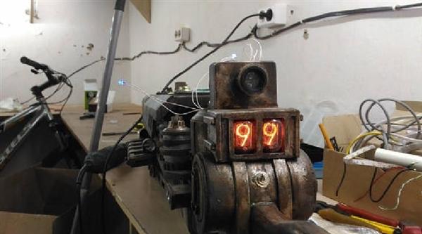 手工帝打造超炫酷《辐射4》高斯神器 售价7300元