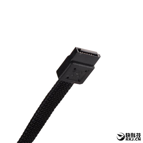 银欣发布首款超薄光驱:9.5mm通吃所有格式