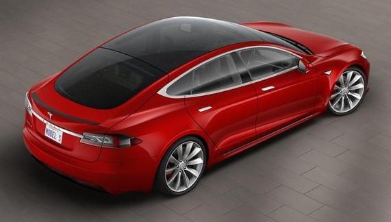 Model S全玻璃透明车顶可欣赏日全食 简直太酷