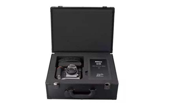尼康100周年纪念相机及镜头暂停发货 原因竟是Logo脱落