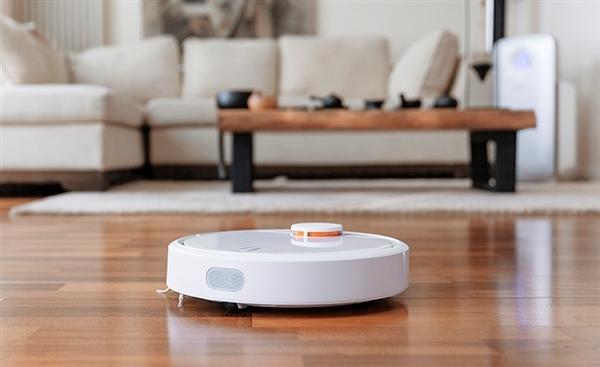 一周年之际,米家扫地机器人背后研发团队石头科技公布了这款产品上市一周年所取得的成绩。