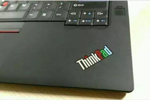 小黑粉燃哭!ThinkPad 25周年复刻版现身:100%经典设计