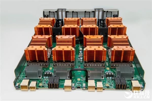 1套卖100万!NVIDIA首次出货下代Volta架构显卡