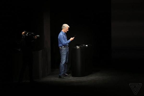 iPhone X发布上最大的尴尬:苹果高管刷脸失败