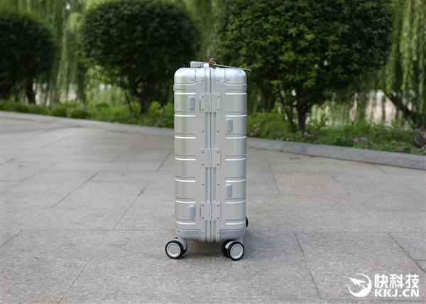 999元!小米90分金属登机箱开箱图赏:100%铝镁合金