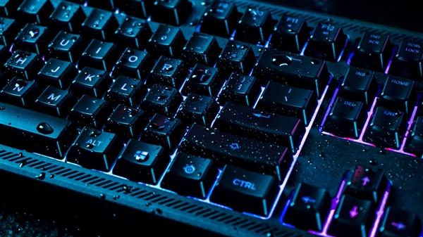 赛睿发Apex 150游戏键盘:RGB Quick Tension按键加持