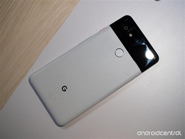 谷歌Pixel 2/XL支持27W快充 需另外购买充电器