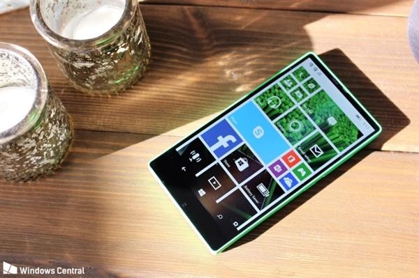 3年前 诺基亚曾偷偷做了款全面屏WP手机:美如画