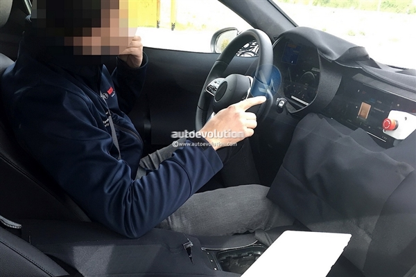 奔驰最便宜轿车曝光 比宝马厚道 20万内拿下?