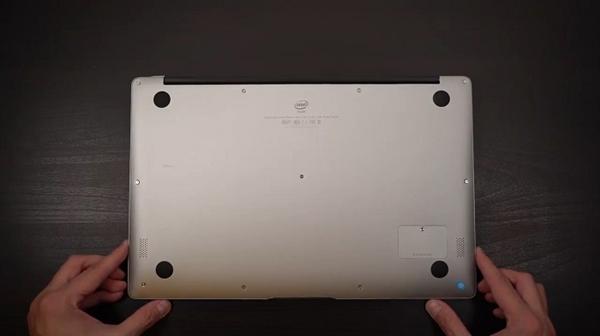 国产最强山寨MacBook Air开箱:处理器太弱