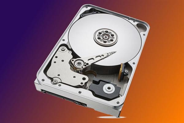 容价比让SSD汗颜!希捷创纪录出货:机械硬盘重新复苏