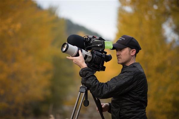 佳能85mm F1.4L IS USM镜头实拍样张:弱光人像完美!