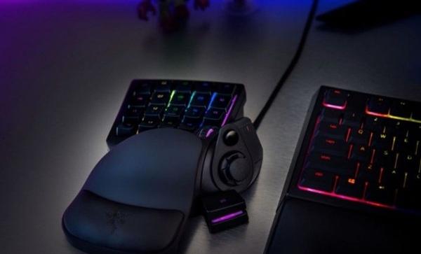 拥有人体工学设计的雷蛇塔罗斯摩羯V2游戏键盘发布:699元