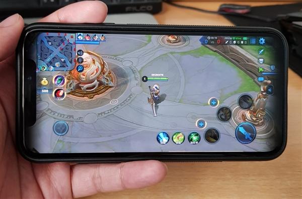 《王者荣耀》终于完美适配iPhone X!画面竟是这样