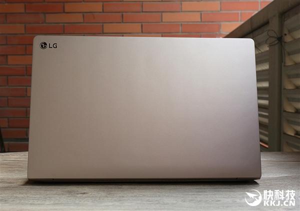 7999元!LG gram 15Z975轻薄笔记本金色版开箱图赏:仅两杯咖啡重