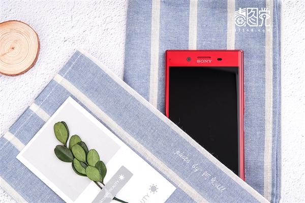 颜值出众!索尼Xperia XZ Premium朱砂红图赏