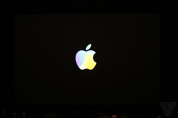 感叹苹果精细做工!iPhone X最高逼格壁纸来袭