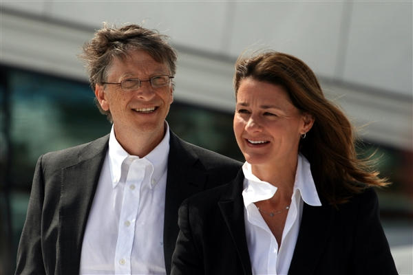 盖茨投1亿美元研究老年痴呆症 10年找到有效药物