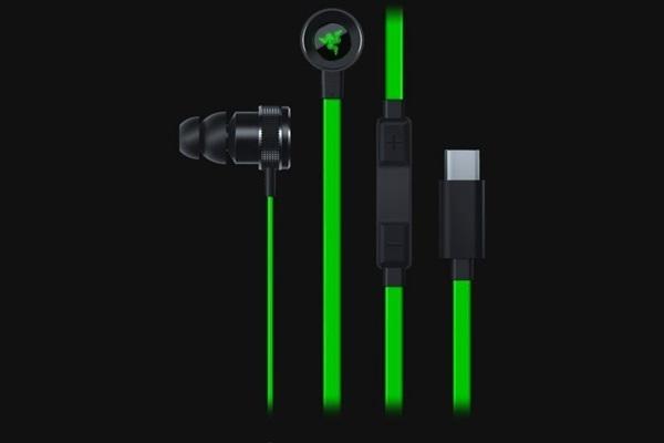 雷蛇新版战锤狂鲨耳机发布:Type-C接口 磁吸设计