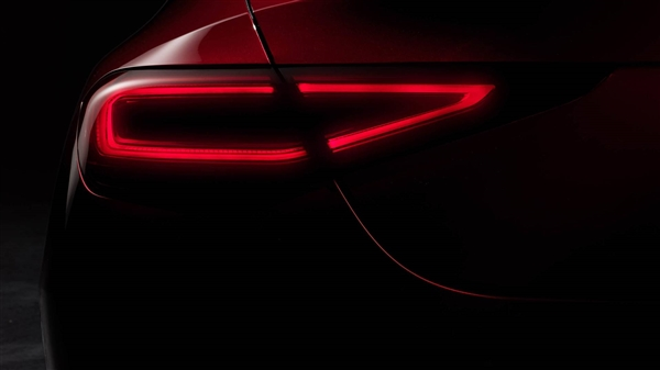 奔驰全新一代CLS轿跑正式发布:线条性感 LED大灯犀利