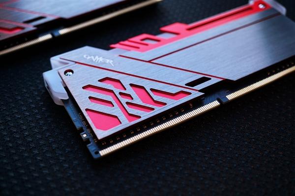 梦幻装备 影驰GAMER极光DDR4-2400 8G内存热卖689元