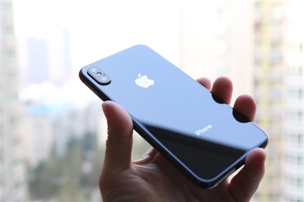 iPhone卖不动:苹果解雇印度市场负责人