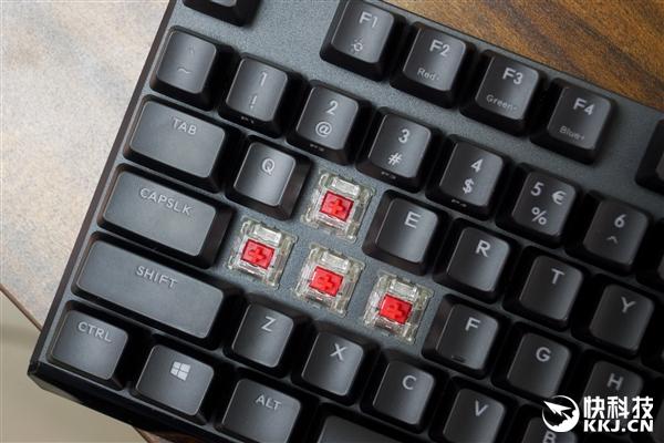 磁吸手托樱桃轴!酷冷至尊MK750 RGB机械键盘开箱图赏
