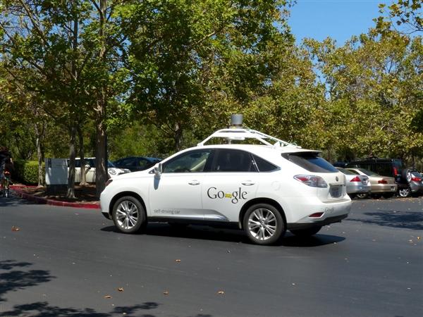 无人车不敢坐?谷歌免费提供保险服务:无忧乘车